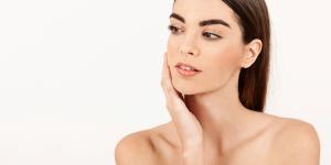 Tata Rias Kilat dengan Kosmetik Multifungsi